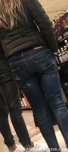8- Hot Teens in Jeans-4.JPG