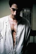 Эдриан Броуди (Adrien Brody) Exclusive Press Photoshoot 2004 (6xHQ) MEYC4X_t