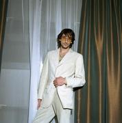 Эдриан Броуди (Adrien Brody) Self Assignment Photoshoot 2003 (7xHQ) MEYC10_t