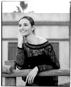 Миа Маэстро (Mia Maestro) Vanity Fair Photoshoot 2002 (3xHQ) ME11G5M_t