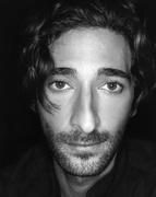 Эдриан Броуди (Adrien Brody) Spoon Photoshoot 2002 (12xHQ) MEYCM0_t