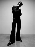 Эдриан Броуди (Adrien Brody) Modern Luxury Photoshoot 2003 (19xHQ) MEYBWS_t