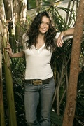 Мишель Родригес (Michelle Rodriguez) USA Today Photoshoot 2005 (6xHQ) MEYBLC_t