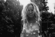 Сиенна Миллер (Sienna Miller) Photoshoot 2004 (4xHQ)  MEZHS6_t