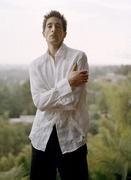 Эдриан Броуди (Adrien Brody) Photoshoot 2004 (11xHQ) MEYBYM_t