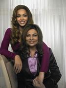Бейонсе, Тина Ноулз (Beyonce, Tina Knowles) Life Photoshoot 2006 (21xHQ) ME112MM_t