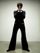 Эдриан Броуди (Adrien Brody) Modern Luxury Photoshoot 2003 (19xHQ) MEYBW5_t