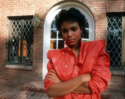 Джанет Джексон (Janet Jackson) Michael Ochs Photoshoot 1985 (12xHQ) MEWU7X_t