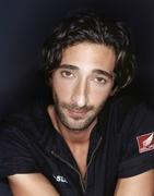 Эдриан Броуди (Adrien Brody) Spoon Photoshoot 2002 (12xHQ) MEYCLY_t