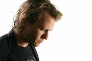 Хит Леджер (Heath Ledger) TIFF Portrait Session 2006 (15xHQ) ME102JO_t