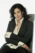 Моника Беллуччи (Monica Bellucci) USA Today Photoshoot 2003 (21xHQ) MEZV2O_t