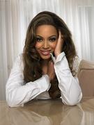 Бейонсе, Тина Ноулз (Beyonce, Tina Knowles) Life Photoshoot 2006 (21xHQ) ME112M9_t