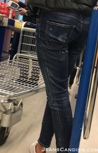 8- Hot Teens in Jeans-1.JPG