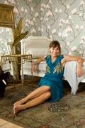 Рашида Джонс (Rashida Jones) Glamour Photoshoot 2009 (9xHQ) ME11FWM_t