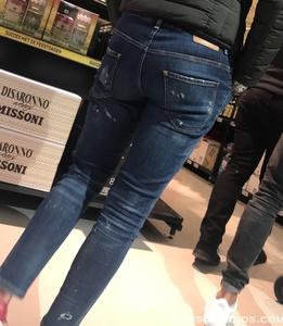 8- Hot Teens in Jeans-7.JPG