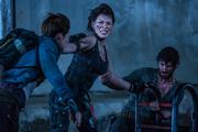 Обитель зла 6 / Resident Evil: The Final Chapter (Йовович, Лартер, Руби Роуз, 2016) MEXML9_t