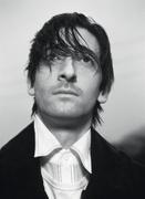 Эдриан Броуди (Adrien Brody) Modern Luxury Photoshoot 2003 (19xHQ) MEYBWK_t