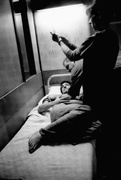 Эдриан Броуди (Adrien Brody) Exclusive Press Photoshoot 2004 (6xHQ) MEYC4W_t