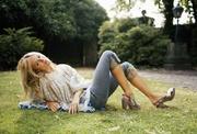 Сиенна Миллер (Sienna Miller) Photoshoot 2004 (10xHQ) MEZH8R_t
