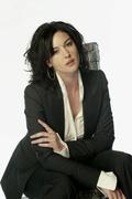 Моника Беллуччи (Monica Bellucci) USA Today Photoshoot 2003 (21xHQ) MEZV2Y_t