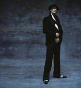 Эдриан Броуди (Adrien Brody) Modern Luxury Photoshoot 2003 (19xHQ) MEYBWM_t