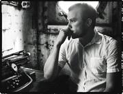 Хит Леджер (Heath Ledger) The Advocate Photoshoot 2005 (7xHQ) ME110TU_t