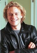 Хит Леджер (Heath Ledger) Photoshoot 2002 (13xHQ) ME102RP_t