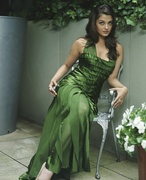 Айшвария Рай (Aishwarya Rai) Photoshoot 2004 (11xHQ) MEZV74_t