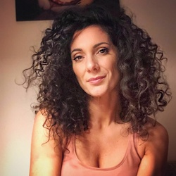 Evren Gezer - celebforum - Bilder Videos Wallpaper Fakes