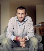 Хит Леджер (Heath Ledger) Self Assignment Photoshoot 2004 (14xHQ) ME10351_t